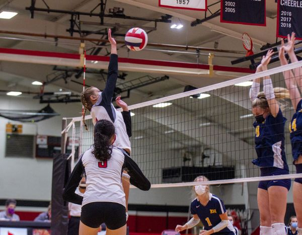 Volleyball Seasons Cut Short Due To COVID-19